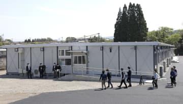 完成した千寿園の仮設施設=7日午後、熊本県人吉市