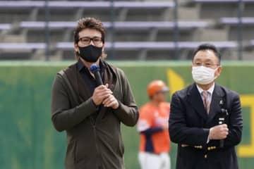 """「監督は嫌だけどコーチはやりたい」新庄氏が日本球界復帰の""""恩人""""に語った今後 画像"""