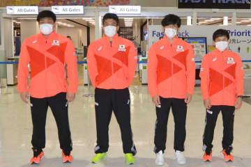 最終予選に挑む(左から)山本泰輝、山口剛、高谷惣亮、高橋侑希