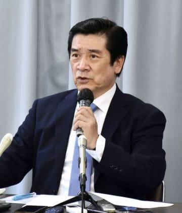 運動事務局の田中孝博事務局長=4月