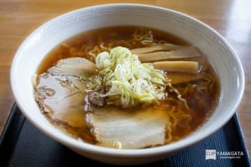 中華そば 七郎:シンプルを極めた美味しすぎるトビウオ出汁を堪能する