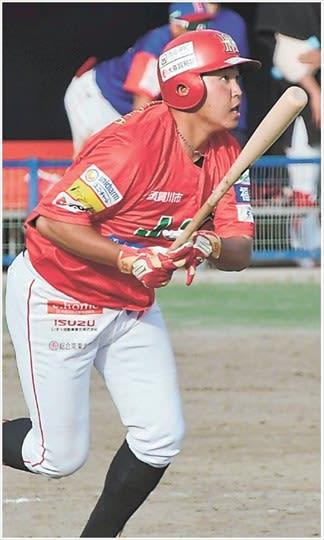 【埼玉―福島レッドホープス】8回裏、レッドホープス1死二塁、園田が適時二塁打を放つ