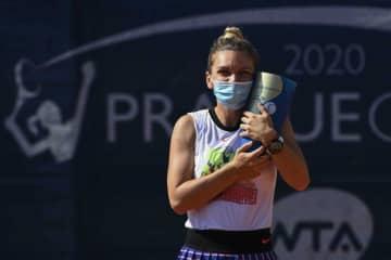 テニス界では女性の方がコロナ予防対策に積極的?