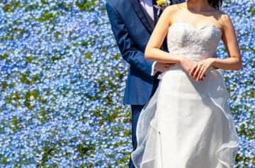 コロナのせいで結婚するカップル減った 2月の婚姻数は前年同月比4割減 画像