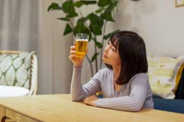 ストレス発散のためにお酒を… 人に言わずこっそりやっている習慣とは 画像