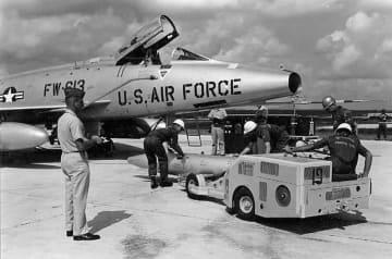 沖縄で核実弾訓練、半年150回 冷戦下の1950~60年代 画像