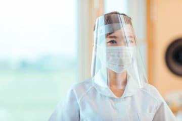 看護師たちは「コロナ」にどう対応したか 162人の渾身の現場報告まとまる 画像