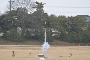 ニュース画像:世界初の宇宙を汚さないクリーンなロケット推進薬の開発に成功 千葉工業大学ら