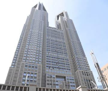 東京都 新規感染者は969人 1週間前より348人増加 画像
