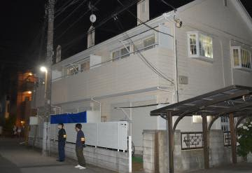 殺害された北田和彦さんが住んでいたアパート=11日午後9時ごろ、千葉県我孫子市天王台