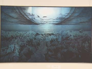 夜明け前の海の静けさ表現した作品も…陶器や染物など全国の工芸品集めた展覧会 名古屋・松坂屋美術館