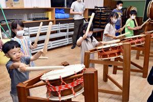 バチに込めた2年分の思い、霊山太鼓まつりに向けて練習開始