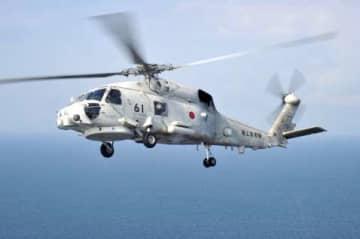 ニュース画像:奄美沖 夜間訓練中の海自哨戒ヘリ同士が接触 主回転翼のブレードが損傷 けがなし