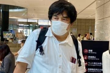 瀬戸大作さん(2021年7月/弁護士ドットコム/都庁)