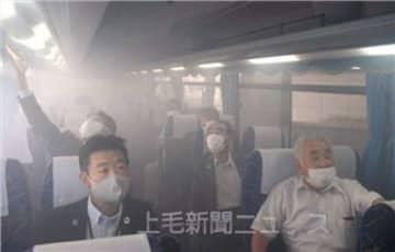 観光バスの換気性能を確かめたデモンストレーション