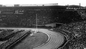 豊平朝安さんが撮影した1964年の東京五輪開会式
