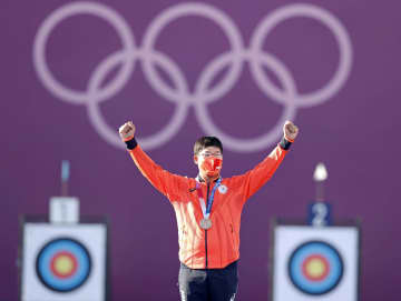 アーチェリー古川高晴「銅」 団体に続き自身3個目メダル 画像