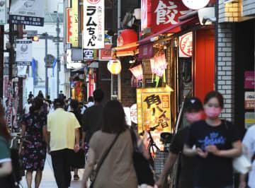 緊急事態再発令もにぎわう繁華街 「五輪は開催」営業規制に不満 画像