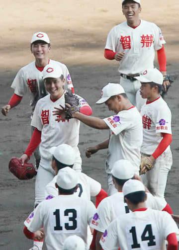 智弁和歌山が最少4勝で夏優勝 後押ししたのは「投高打低」と「コロナ禍」だった(小倉清一郎)
