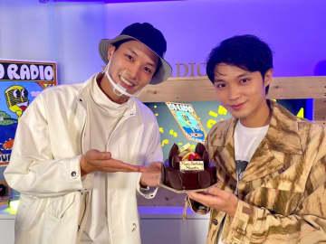 磯村勇斗、29歳誕生日に鈴木伸之・北村匠海らサプライズ! ラジオ風配信に投稿2000通