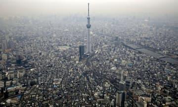 東京スカイツリー周辺に広がる住宅街=2019年1月、東京都墨田区