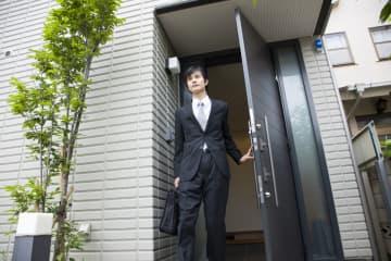 「実家暮らしで家賃いらず、経済的に余裕のある人」の注意点