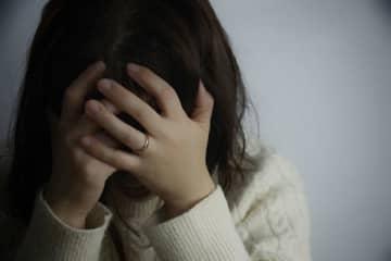 更年期のメンタル不調相談室「夫にイライラして暴力」は漢方で解決