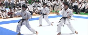高崎アリーナで小中学生の「空手日本一」決める大会 群馬・高崎市