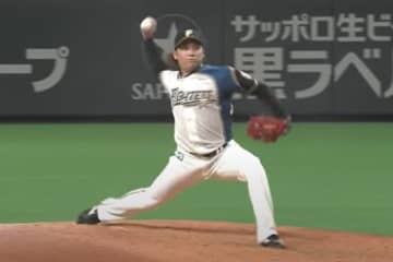 腕を下げ、変化球を投じた日本ハム・伊藤大海【画像:パーソル パ・リーグTV】