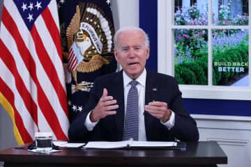 米債務上限関連の会合で話すバイデン大統領=6日、ワシントン(ゲッティ=共同)