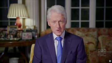 オンラインの米民主党大会で話すクリントン元大統領=2020年8月(ロイター=共同)