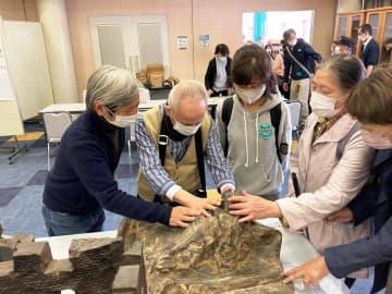 視覚障害者も健常者も手で触れて味わう彫刻展 今年で30回目 神奈川・藤沢