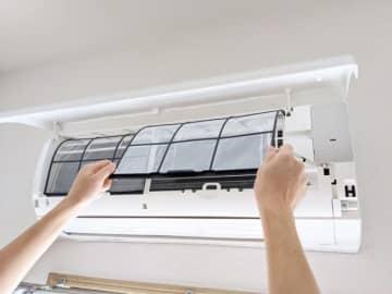 """本格的な暖房シーズン前に! 電気代を抑えるための""""エアコンお手入れ方法""""を紹介"""