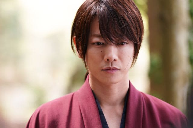 Takeru Sato Is The Quiet Eldest Son Of Ruroken Chairman S Back As Seen By Director Keishi Ohtomo Portalfield News