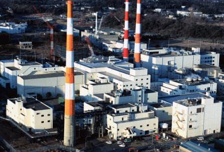 日本原子力研究開発機構の東海再処理施設=1997年、茨城県東海村