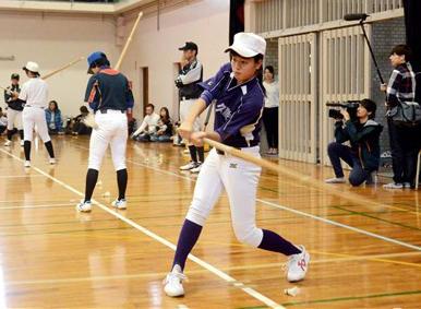 甲佐高女子野球部の体験練習会