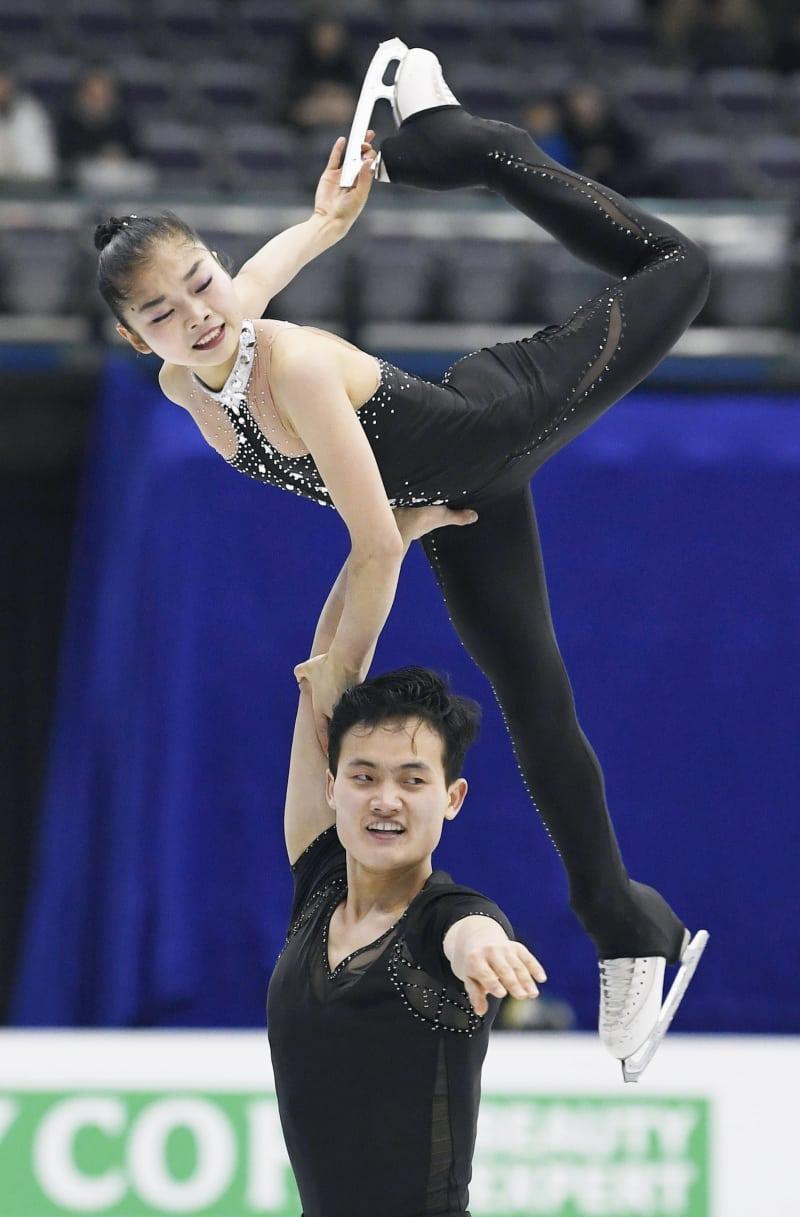 五輪代表北朝鮮ペア、初のメダル...