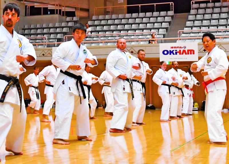 伝統の技と心学ぶ 1200人が鍛錬 ...