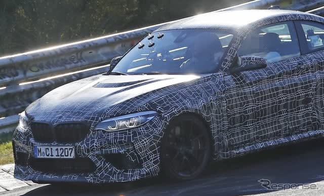 BMWの最強コンパクトクーペ「M2 CS」、市販プロトがニュルで初テスト 画像