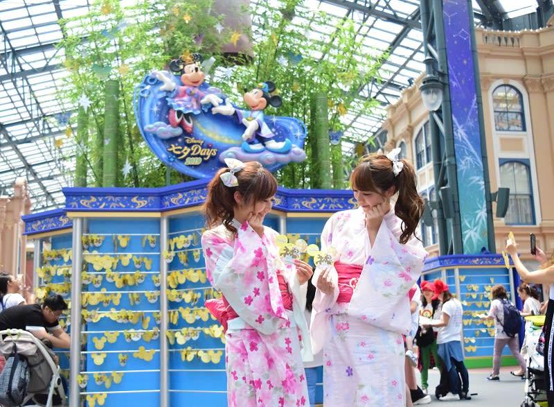 浴衣姿で「星に願いを」 東京ディズニーリゾートの七夕 6月号 【舞浜タイムズ】
