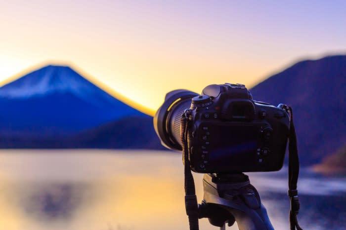 一工夫で趣味を副業にする! (1) 「カメラ好きならストックフォトサービス」