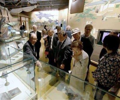 キリシタン史料が新たに加わった天草四郎ミュージアムの展示室