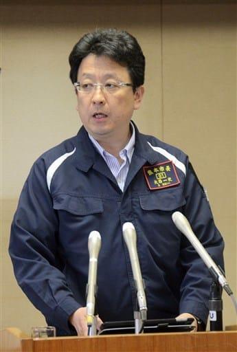「江津湖花火大会の今年の開催は難しい」と述べる大西一史市長=熊本市役所