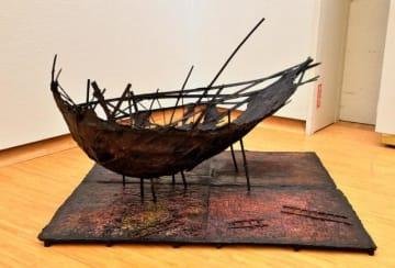 木村さんが留学賞チャレンジ部門に出品、入選した立体作品「物語る町、舟出の町」