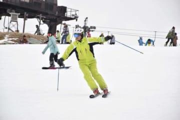 3万1847人の入場客数を記録し、今シーズンの営業を終了した五ケ瀬ハイランドスキー場=5日午前、五ケ瀬町鞍岡