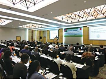 ナミビアで開催された「探査・環境保全セミナー」