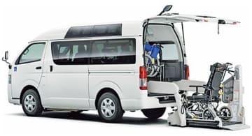 三重県内の2つの特定非営利団体(NPO)法人に無償貸与した福祉車両
