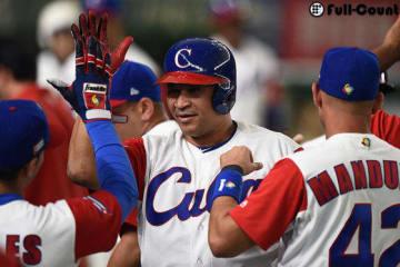 満塁本塁打を放ったキューバ代表・デスパイネ【写真:Getty Images】