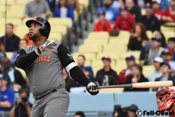 本塁打を放ったオランダ代表のウラディミール・バレンティン【写真:Getty Images】