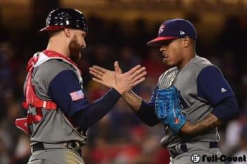 6回まで無安打の快投を見せたアメリカ代表・ストローマン(右)と捕手のルクロイ(左)【写真:Getty Images】